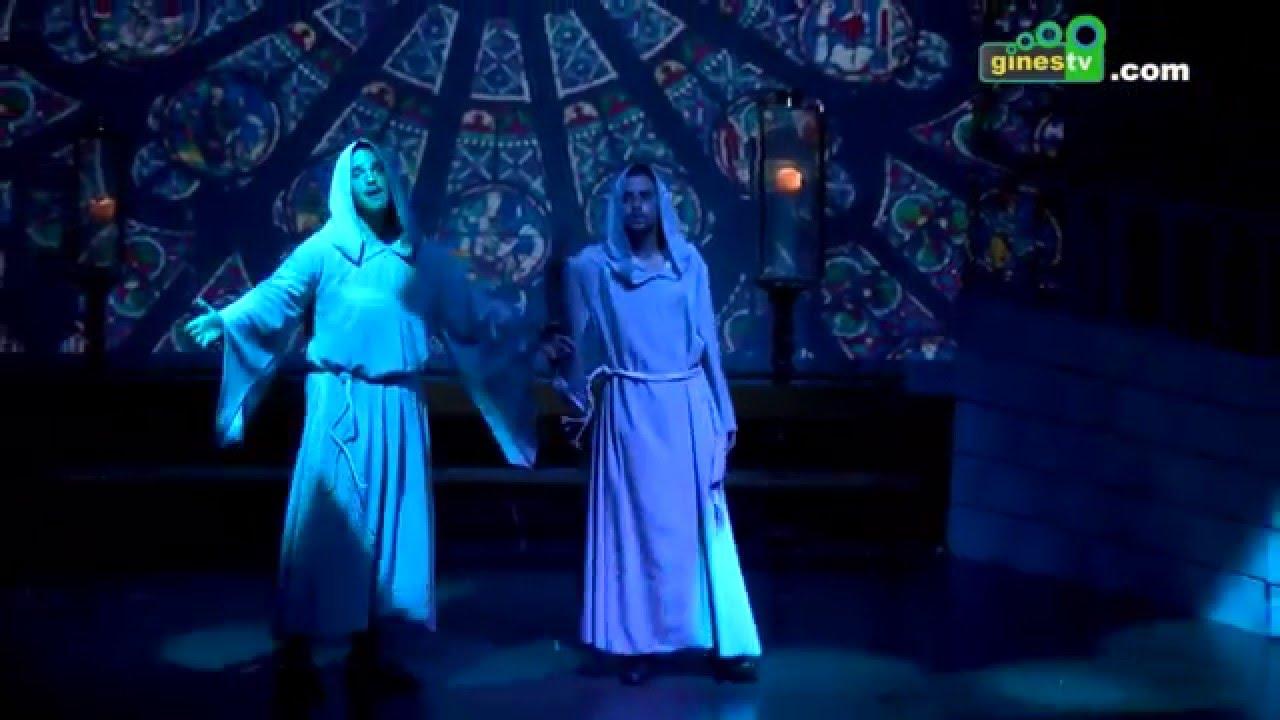 El musical de 'El jorobado de Notre Dame' recogió juguetes para los niños más necesitados