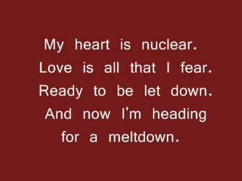 Marina & The Diamonds - Radioactive (LYRICS)