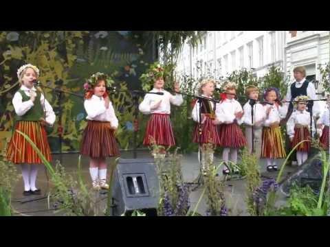 summer festival solstice Ligo Riga