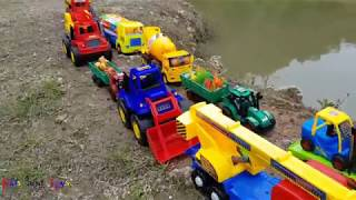 Cars toys for kids | Repair the road for animal car toy | Kid Videos
