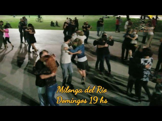 Tango, Luna y Río en espectacular noche. Veronicayfernando Tango.