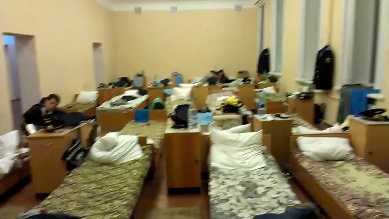 Эро фото общежитий, видео интим групповушка толстых