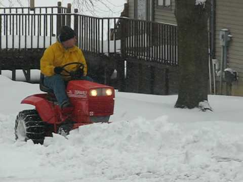"""Gravely - Plowing 7"""" of heavy, wet, snow"""