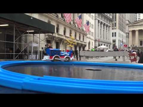 【trem de brinquedo】 Plarail Mickey Mouse Circus Locomotive visit Wall Street NYSE, New York 02095 pt