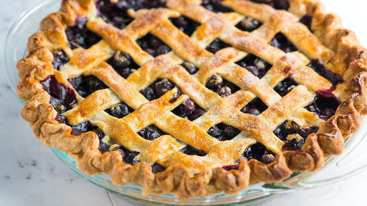 How to Make Homemade Blueberry Pie - Easy Blueberry Pie Recipe with ...