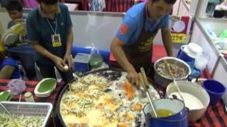 泰國蚵仔煎兩種口味 隨個人喜好
