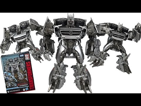 Transformers Dark Of The Moon Studio Series SS-51 Soundwave Deluxe Class Figure Robot Mode Review