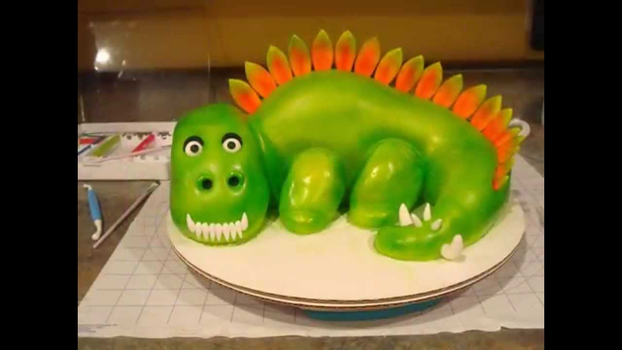 Making A Dinosaur Cake For Birthday