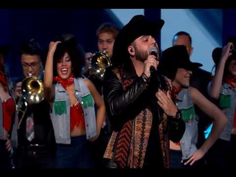 GERARDO ORTIZ REGRESA HERMOSA  en Premios de La Radio 2016