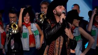 """GERARDO ORTIZ """"REGRESA HERMOSA""""  en Premios de La Radio 2016"""