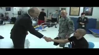 Army Secretary Pete Geren tours Walter Reed