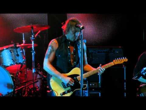 Richie Sambora - Hard Times Come Easy Live Huxleys Berlin 13.10.2012