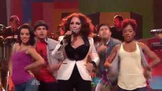 Gloria Estefan - Wepa (Live at The Tonight Show 2011)