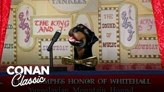 Triumph The Insult Comic Dog's First Appearance on