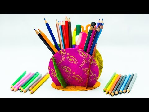 Waste Material Craft Ideas - Pencil Holder From Old CDs