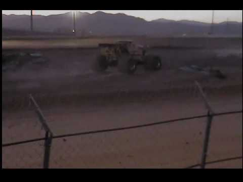 Sin City Crusher Monster Truck with music