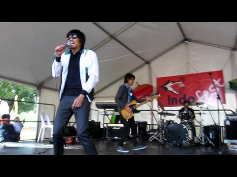 Sheila on 7 - 01 JAP vs Buatku Tersenyum (mixed) - Indofest 2011 (live in Adelaide)