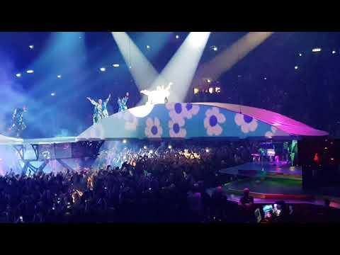 LADY GAGA   Applause/ [Live In Milan 18.01.2018 Joanne World Tour]