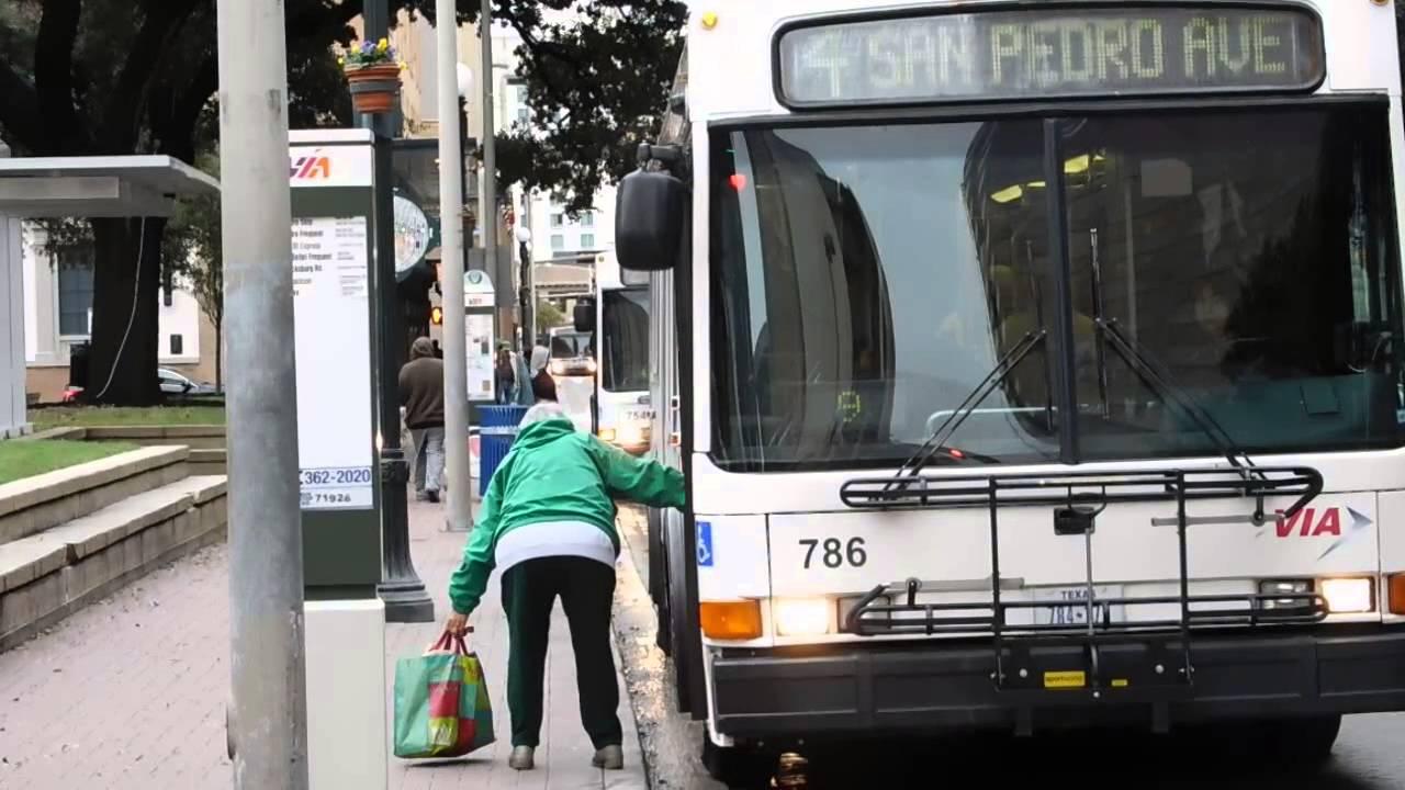 San Antonio Texas VIA Metropolitan Transit Buses - YouTube