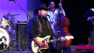 The Mavericks: I Still Miss Someone 5/2/15 Landis Theater Vineland, NJ