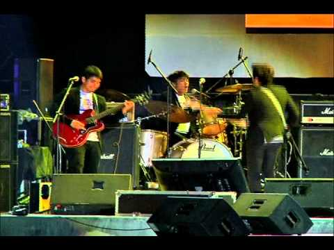 THE BLOOMFIELDS - Babaero + Ale (OPM Fair Cebu 2013)