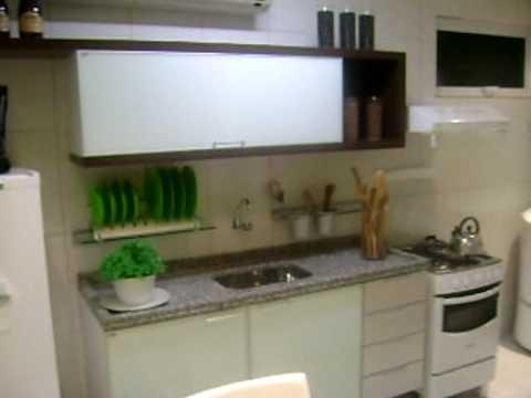 Decora o apartamento pequeno cozinha americana youtube for Apartamentos decorados pequenos