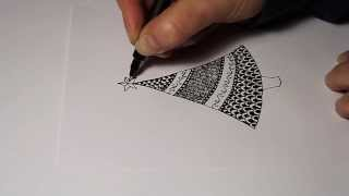How to draw a simple Christmas tree zentangle style