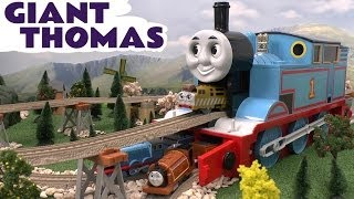 Tomy  Storage Giant Thomas And Friends Kids Toy Train Thomas The Tank Engine With Trackmaster Track