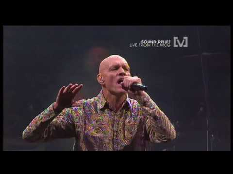 Midnight Oil Live MCG 2009