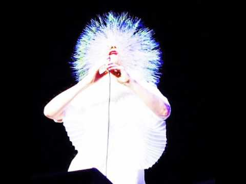 Bjork - Hyperballad (Live At Radio City, NewYork) Vespertine Era
