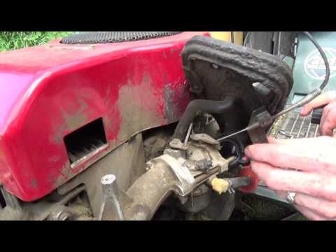 Repairing a tractor with Robb Carburetor needle and seat repair...Tricks of the trade