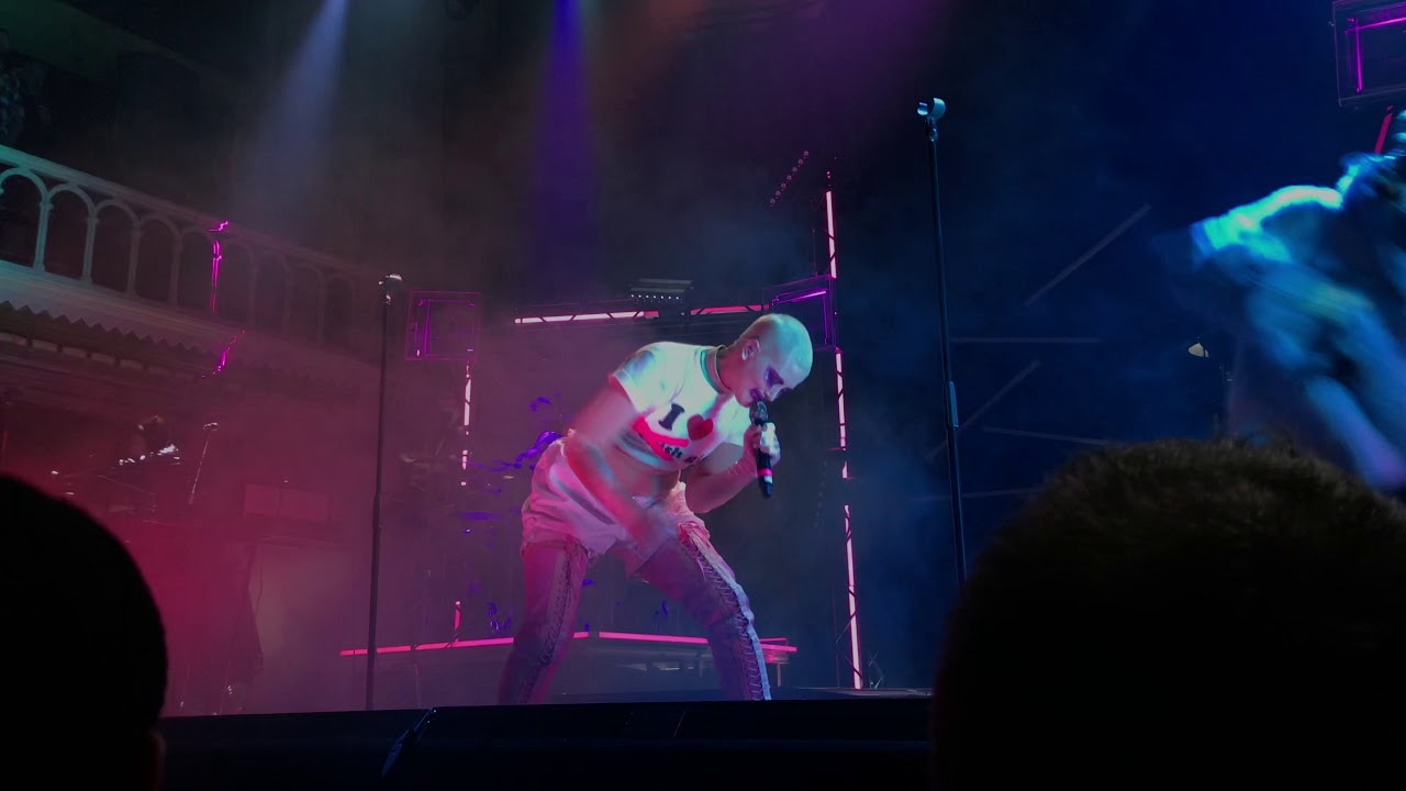 083a113549 Fever Ray - An Itch (Live at Paradiso) - YouTube