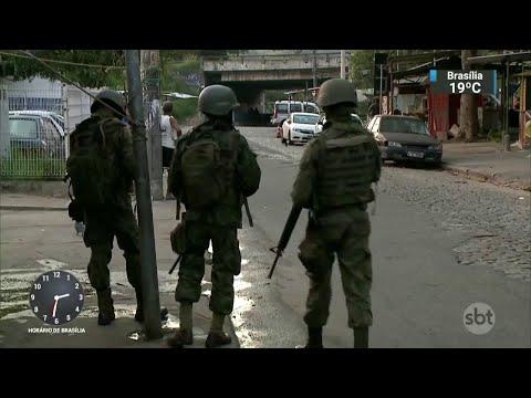 Temer anuncia verba de R$ 1 bilhão para intervenção no Rio de Janeiro  | SBT Notícias (21/03/18)