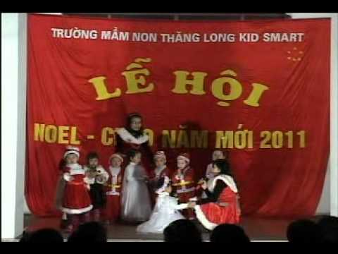 Tiet muc Ong gia Noel oi cua cac be Truong mam non ThangLong KidSmart.avi
