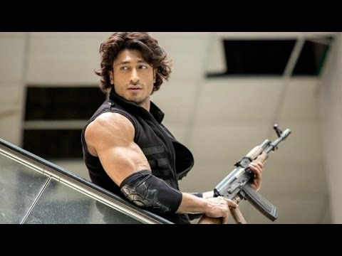 Commando 2 - Full Movie Review in Hindi |...