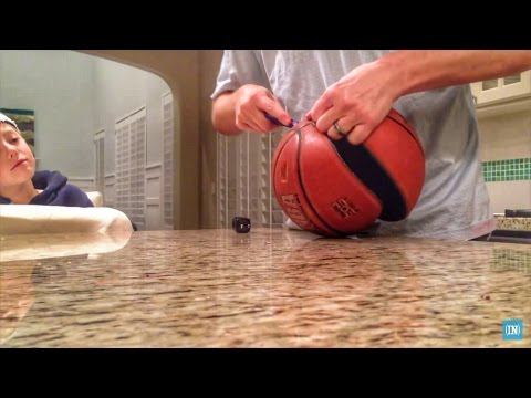 What's inside a Basketball? thumbnail