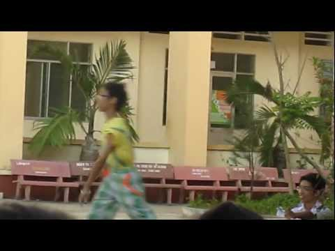 hài kịch câm của học sinh 11A4-Nguyen viet hong-Cần Thơ