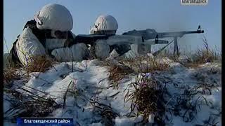 Экзамен морских пехотинцев арктических стрелков прошёл на полигоне ДВОКУ