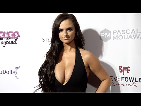 """Jamie Leigh Thornton 2018 Babes in Toyland """"Holiday Toy Drive"""" Red Carpet"""