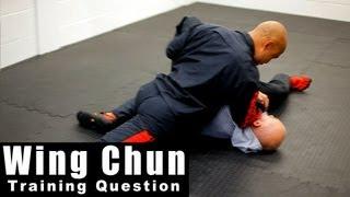 Wing Chun training - wing chun can chi sao be used for take down? Q40