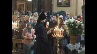 В Пюхтицком монастыре прошли торжества иконе Божией Матери «У источника».(1 июля в Свято-Успенском Пюхтицком ставропигиальном женском монастыре прошли торжества, посвященные празд..., 2014-07-03T13:36:41.000Z)