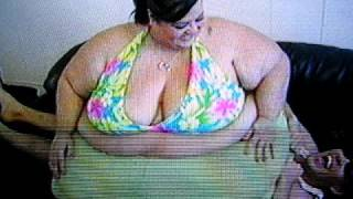 Repeat youtube video Patty Sanchez, goddess Patty II, squashing!