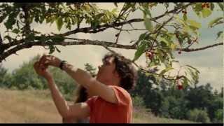 Trailer catalán UN AMOUR DE JEUNESSE