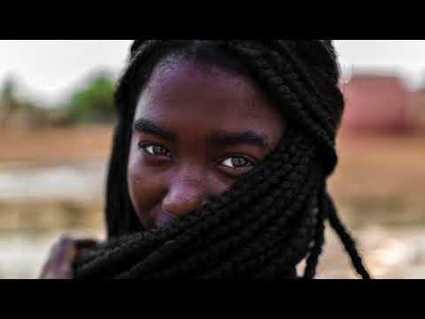 DJ B.S.Com ft.Thabisa Tyombe, Bakk3 - Siyabonga Baba (Bakk3's Afro Dance Mix)