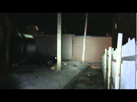 jetbeam-bc25-beamshots-behind-pharmacy-650lm-xm-l-t6