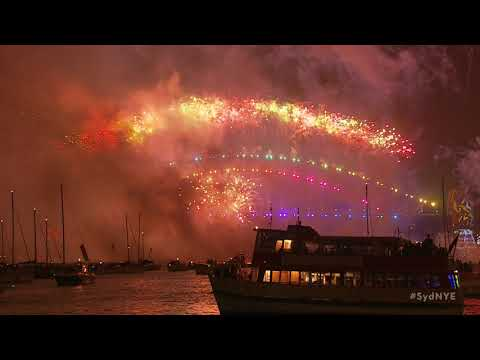 Welcome to 2018! Sydney New Year's Eve Fireworks (full versi
