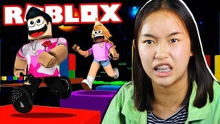 ROBLOX SISTER CHEATS IN *SECRET* MOON SPEED RUN 4 OBBY!!