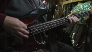 "How to play ""Whole Lotta of Love"" properly on bass"