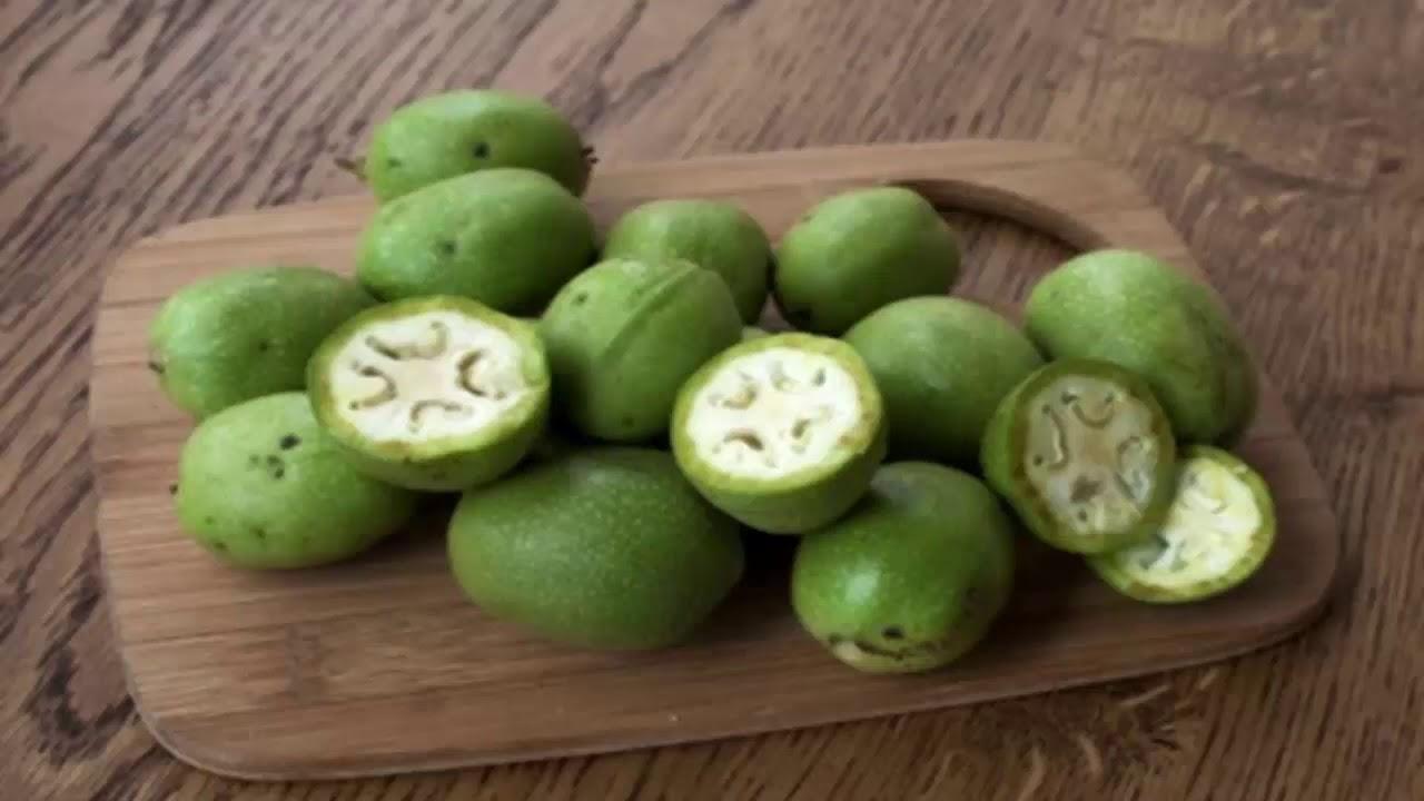 Зеленый грецкий орех в больших объемах от 2 грн. Все интересующие. На грецкие орехи. Продам/купить ищу оптового покупателя на грецкие орехи.