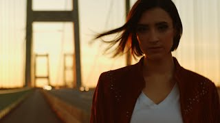 Abigail Neilson - This Is Me Leaving (Official Music Video)